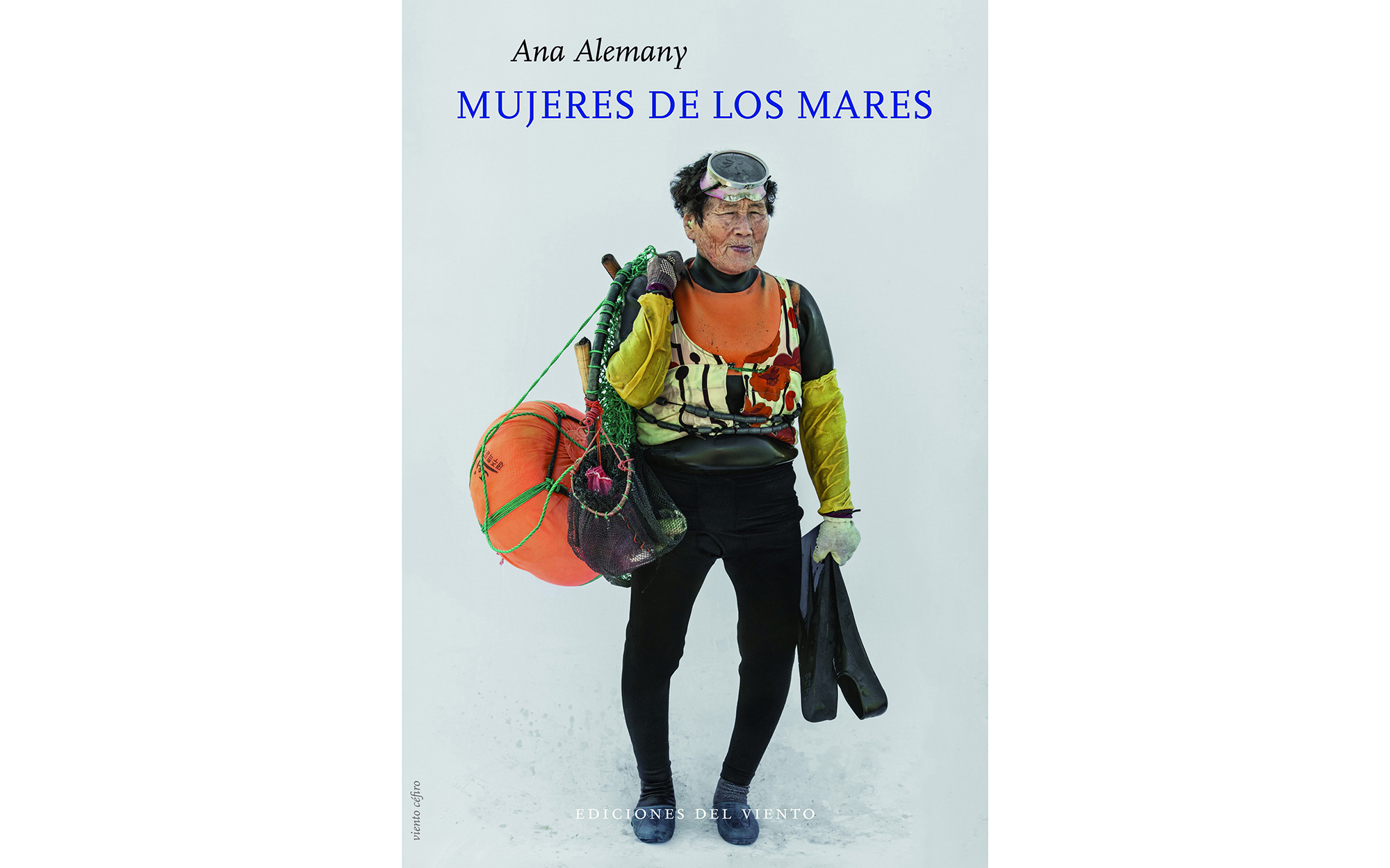 MUJERES DE LOS MARES, UN LIBRO NECESARIO, Por Ana Alemany
